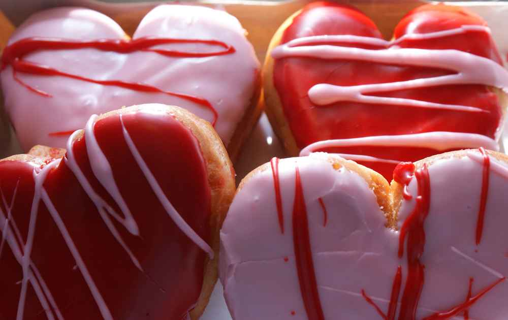 valentines day restaurant deals thrillist