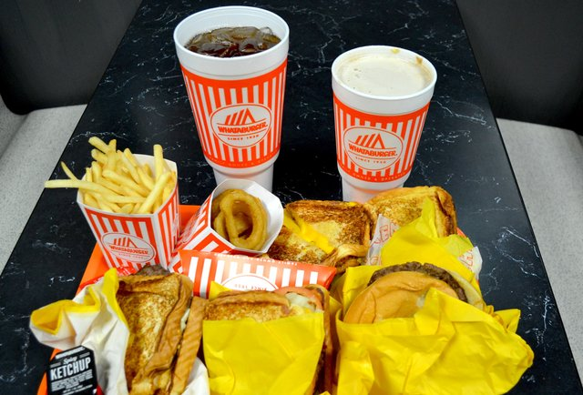 Biggest Whataburger fans - Page 2 - TexasBowhunter com
