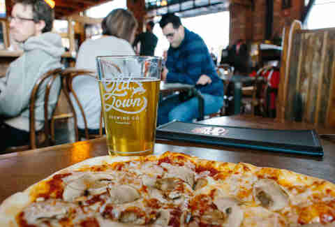 old town lager and pizza
