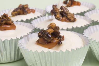 Caramel cricket cheesecake