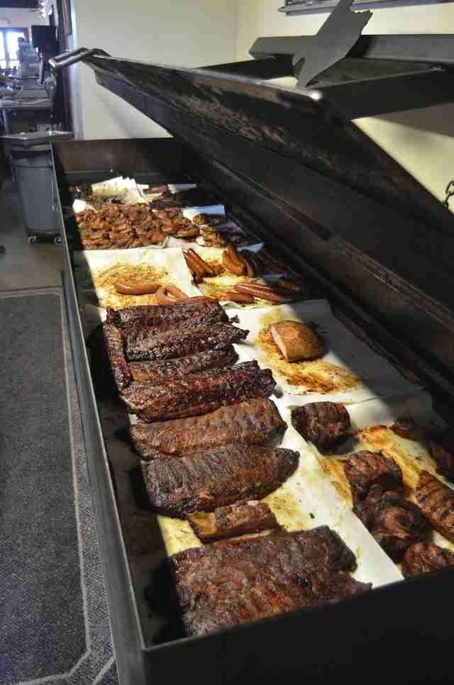 The Best BBQ Restaurants Near Austin Thrillist - The 8 best states to experience american bbq