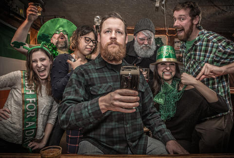 Types Of People Youll See At The Bar On St Patricks Day Thrillist