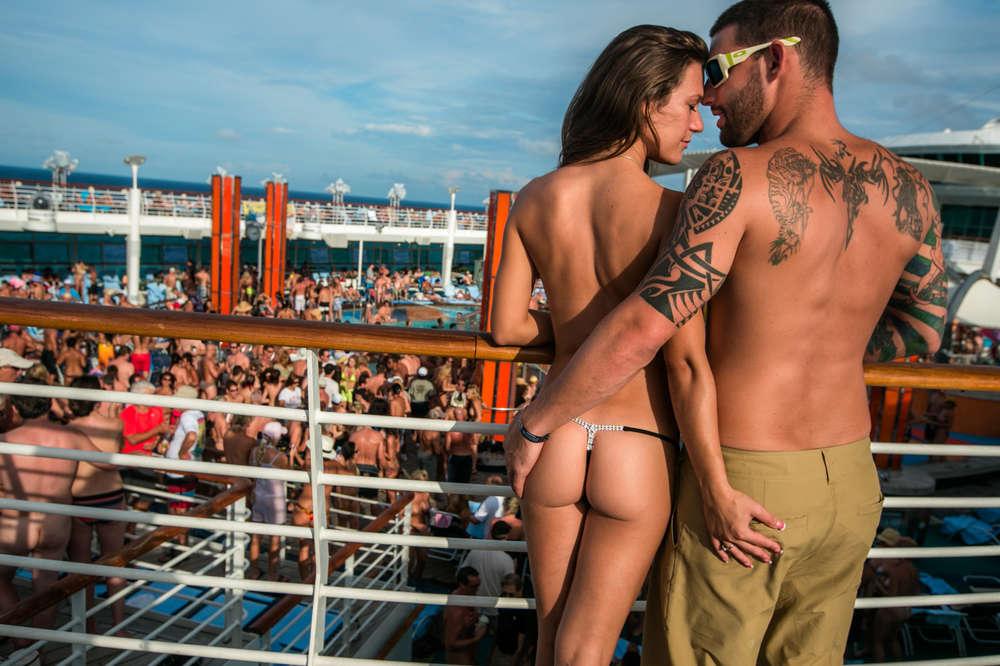 Cruise photos swinger Lifestyle Cruise