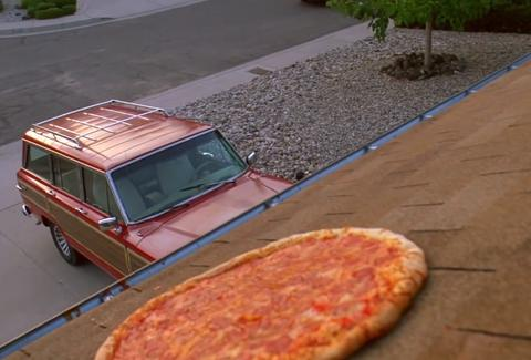 Pizza on roof Breaking Bad