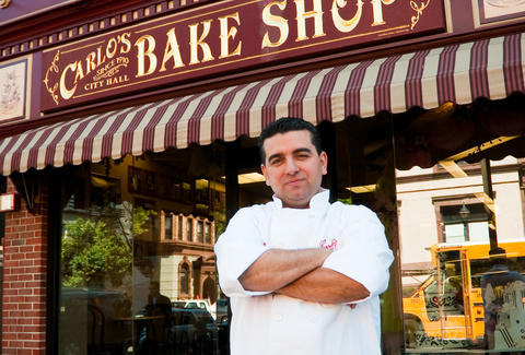 Buddy Valastro in front of Carlo's Bakery