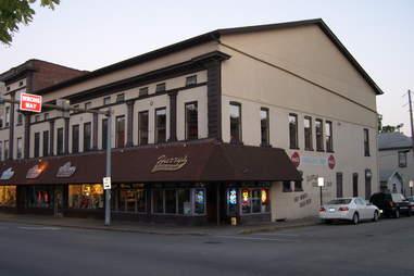 harry's chocolate shop