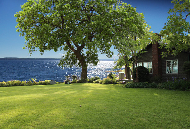 You Can Win a FREE Month at This Lake House This Summer