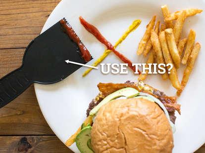 burger condiment food hack