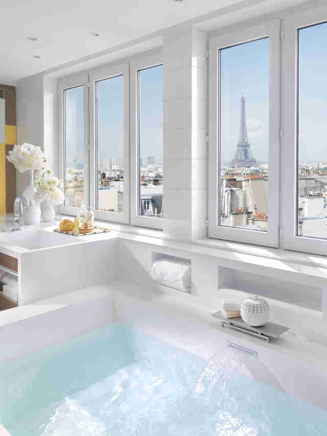 Luxurious Hotel Bathrooms: Four Seasons, Ritz-Carlton, Burj Al Arab ...