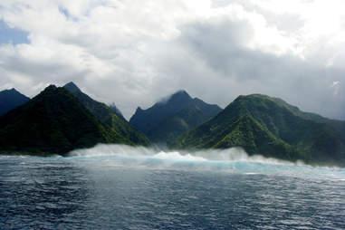 Teahupoo, Tahiti, French Polynesia