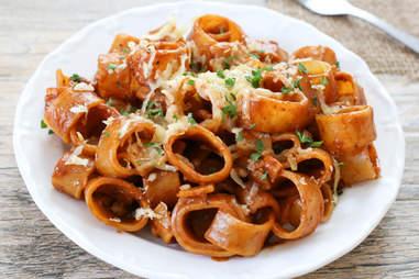 One-pot BBQ chicken pasta