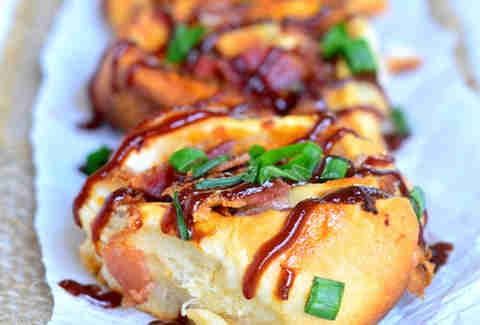 Cheesy BBQ chicken bacon pinwheels