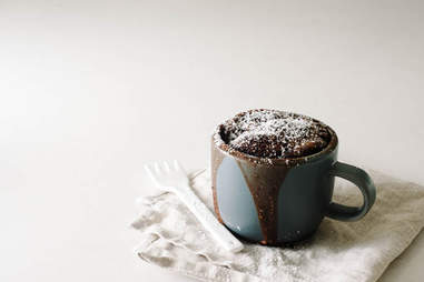 2-minute chocolate mug cake