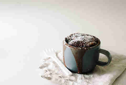 2-minute chocolate mug cake