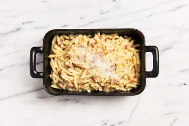 Carbonara mac 'n' cheese — Thrillist Recipes
