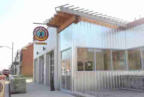New Albany Restaurants With Bud Light