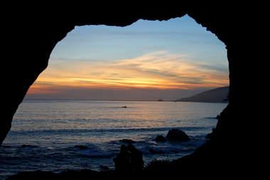 avila beach sea caves