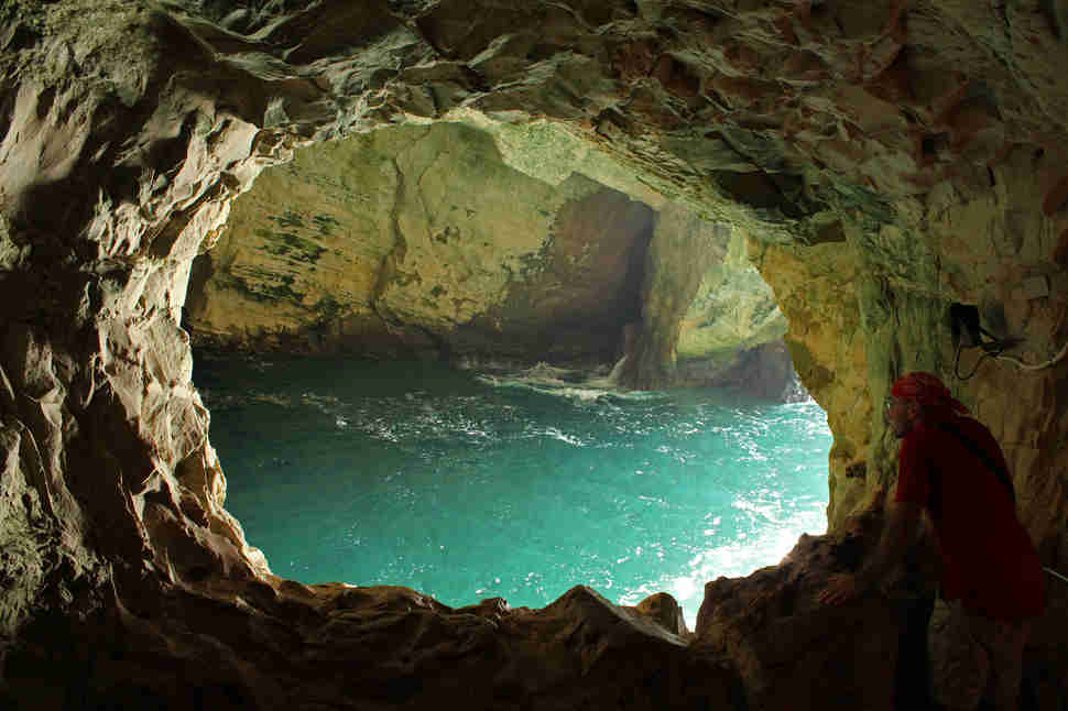 Best Sea Caves In The World Fingal S Cave Blue Grotto