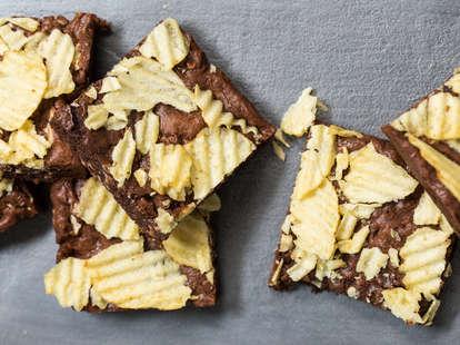 Potato chip brownies — Thrillist Recipes
