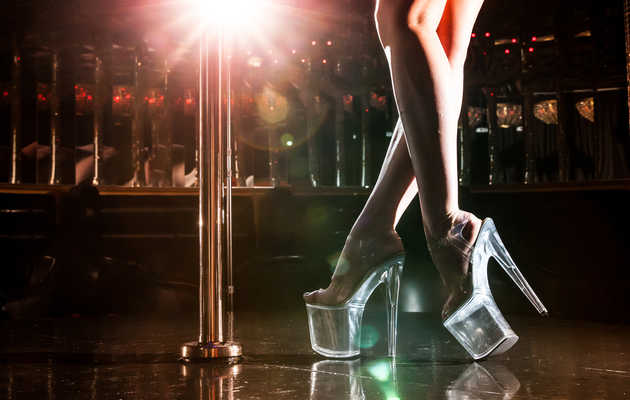 How I Make $300,000 a Year Stripping in Vegas