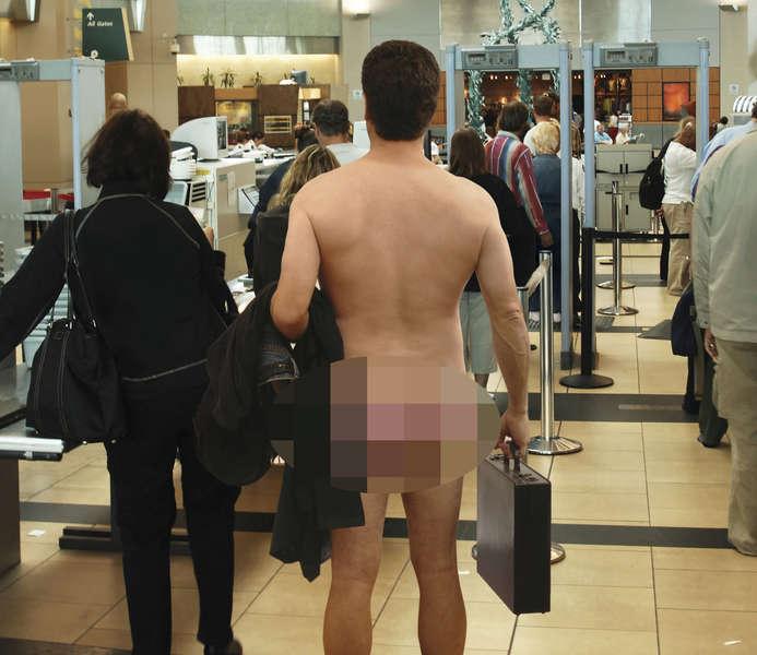 Mad passenger strips naked at airport gate - 102.3 KRMG