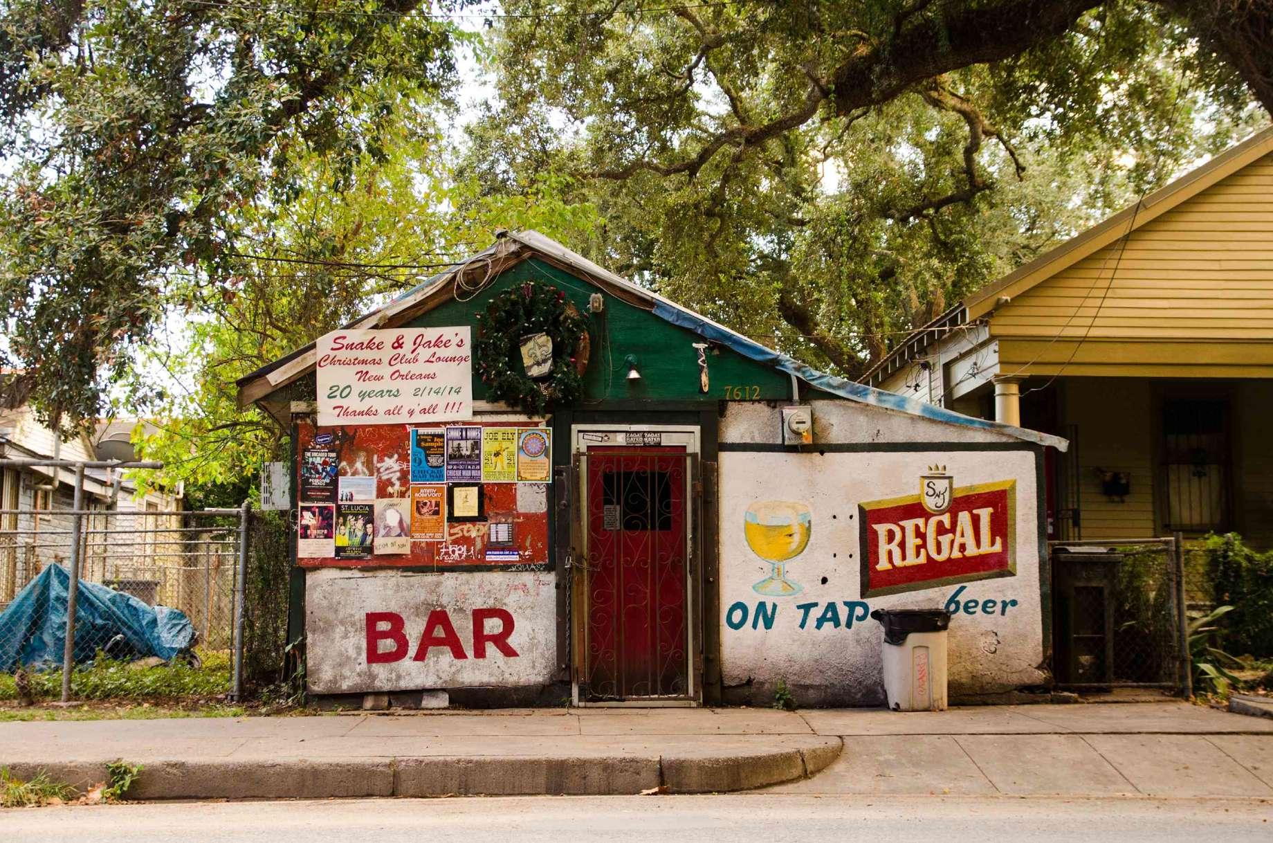 The 31 Greatest Bar Names in America - Featuring Jon Taffer - Thrillist