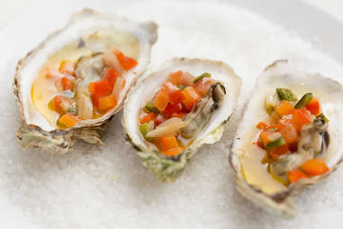 Grand Central Oyster Bar's Grilled Farm-Style Oysters — Thrillist Recipes