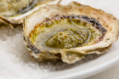 The Walrus and the Carpenter's Grilled Oysters with Snail Butter — Thrillist Recipes