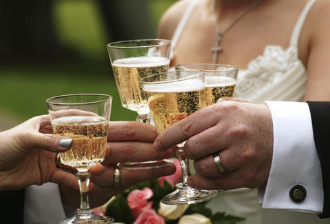 How To Drink At A Wedding Drinking Tips And Advice Thrillist