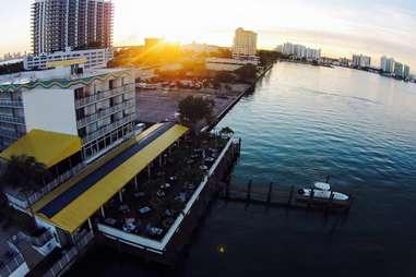 Shuckers Miami