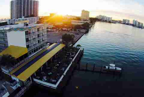 Shuckers Miami