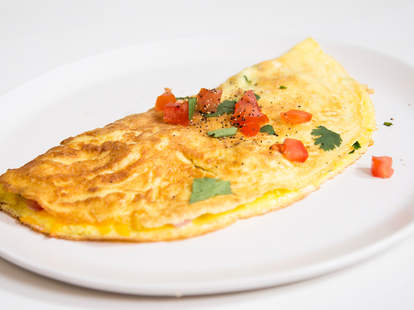 How to make a perfect omelet — Thrillist Recipes