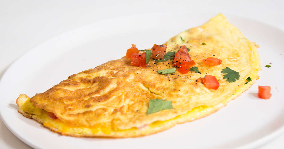 How To Make The Perfect Omelet Thrillist Recipes