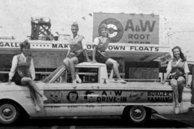 Drive-In Girls
