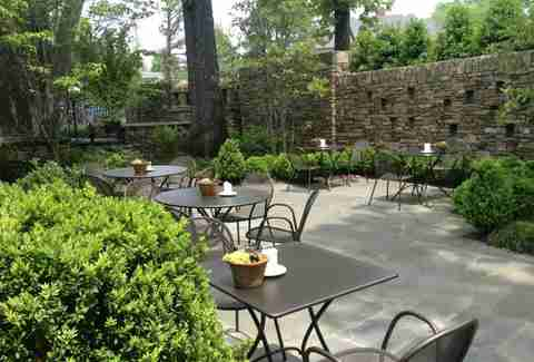 Best Outdoor Patio Bars in Memphis - Thrillist
