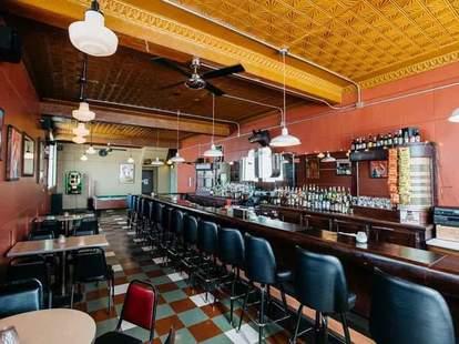 interior of Bumbo's in Detroit