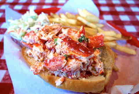 The Quest for the Perfect Lobster Roll