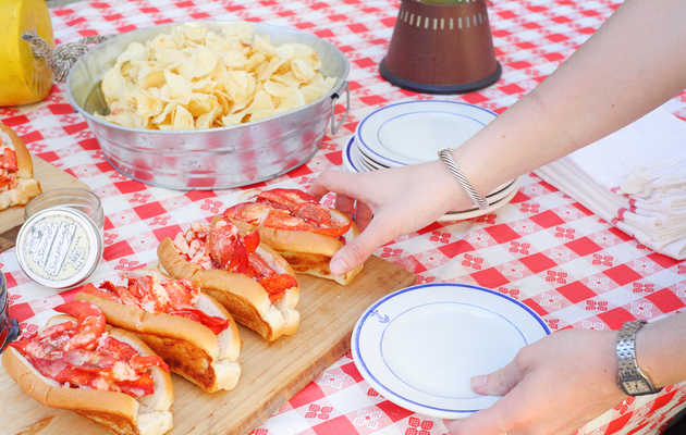 Why Maine Lobster Rolls Are the Best Lobster Rolls