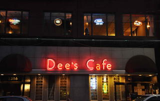 Dee's Cafe