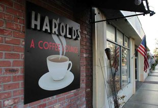 Harold's Coffee Lounge