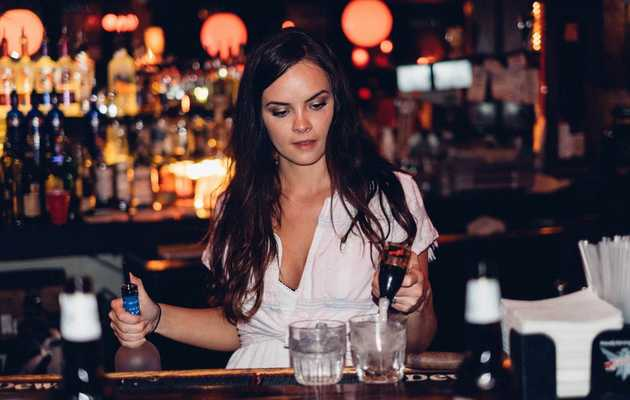 10 Female Bartenders You Need to Know in Dallas