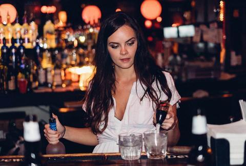 A Weird Fact About Female Bartenders