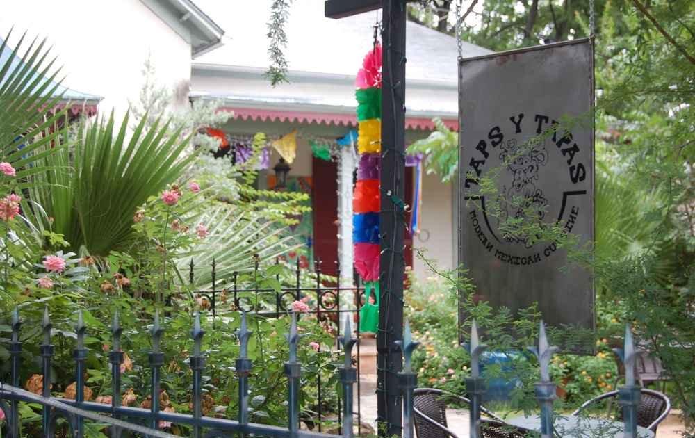 Taps Y Tapas A San Antonio Tx Bar