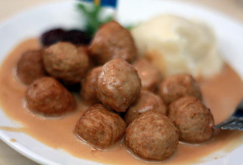 Ikea Food Court Items Ranked From Swedish Meatballs To Pie Cake
