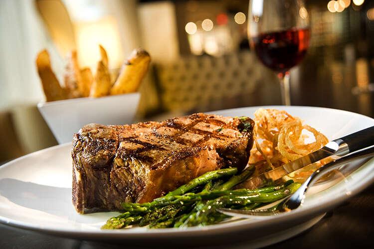 Oscar's, Oscar's steak