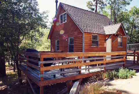 Where to cabin near la santa barbara idyllwild big for Cabins near los angeles