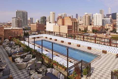 Sneak into chicago 39 s best hotel pools thrillist - Pools in chicago ...