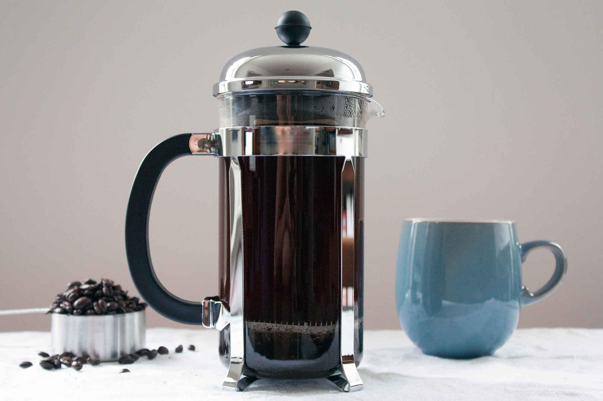 Pha chế cafe bằng bình French Press