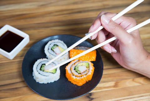 How to use chopsticks -- Thrillist Tutorial
