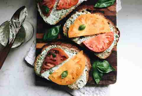 Heirloom tomato sandwiches